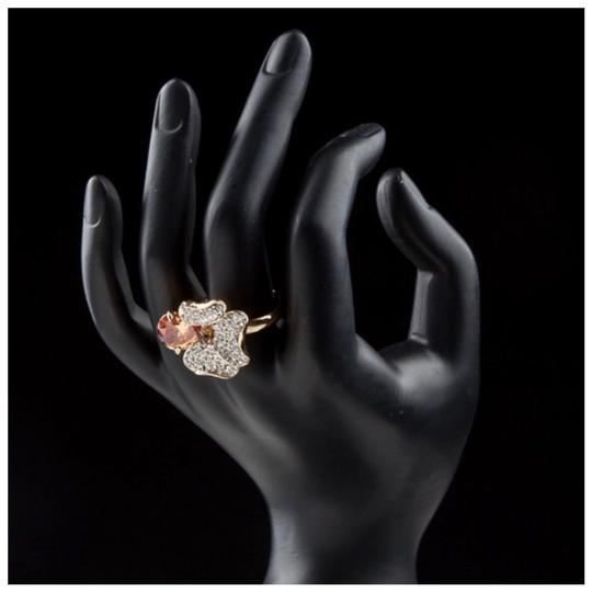 ME-Boutiques Private Label Collection Swarovski Crystals Gold Cognac Flower Ring S8 Image 2