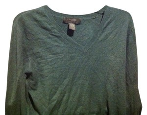 Express Like New Very-neck Long Sleeve Sweater