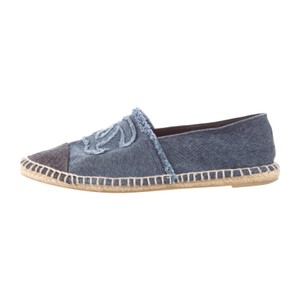 Chanel Espadrilles Denim Cc Canvas Blue, Black Flats