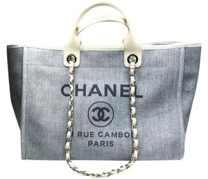 Chanel Tote in Light blue