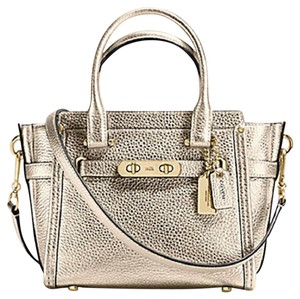 Coach Swagger 21 Platinum Carryall 37444 Satchel in gold
