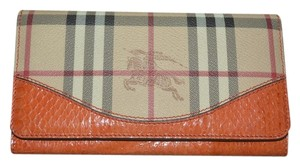 Burberry NWT BURBERRY PENROSE HAYMARKET CHECK WATERSNAKE CONTINENTAL WALLET
