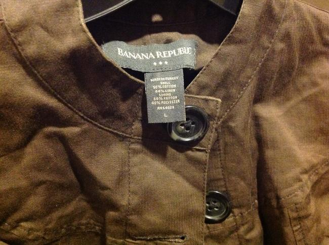 Banana Republic 3/4 Cuffed Sleeve Five Buttons Slight Cropped In Color Brown Jacket Image 7