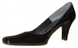 J. Reneé Black Pumps
