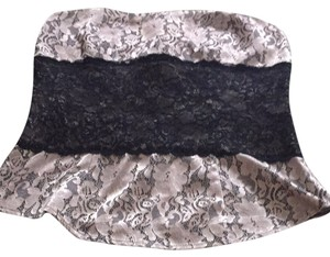 Arden B. Top Light Gold / Black Lace
