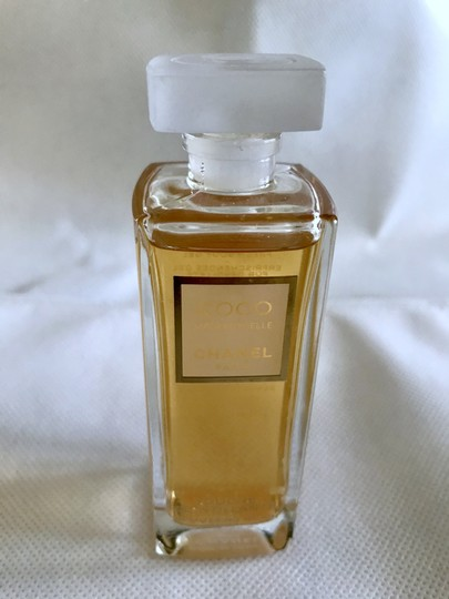 Chanel COCO MADEMOISELLE by CHANEL - SHIMMERING TOUCH FRESH BODY GEL 1.5 OZ Image 2