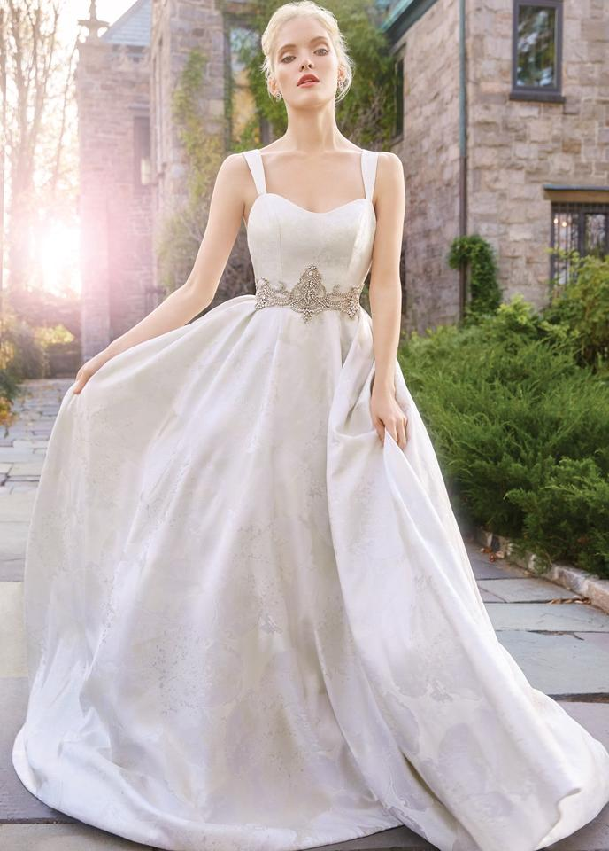 Alvina Valenta White Eggshell Silk Taffeta 9603 Traditional Wedding Dress Size 6 S