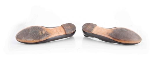 Louis Vuitton Brown Flats Image 5