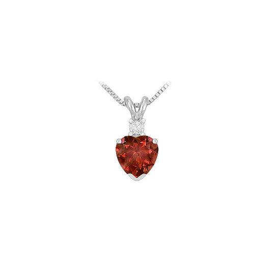 Preload https://img-static.tradesy.com/item/22320373/red-diamond-and-garnet-solitaire-pendant-w-16-14k-white-gold-necklace-0-0-540-540.jpg
