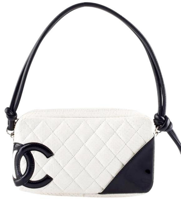 Item - Cambon Quilted Pochette White and Black Leather Hobo Bag