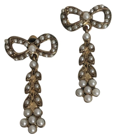 Other Antique Style Earrings Image 0