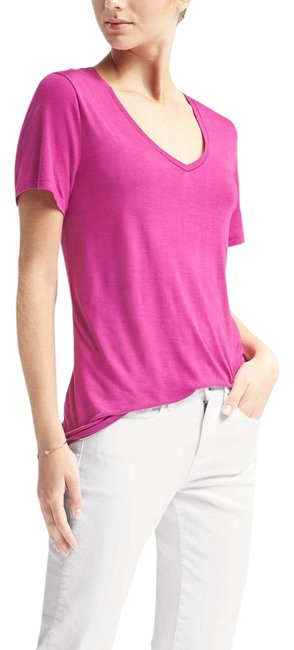 Item - Pink Women's The Signature Collection Tee Shirt Size 8 (M)