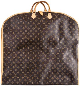 7fadc5492429 Louis Vuitton Garment Bags - Up to 70% off at Tradesy