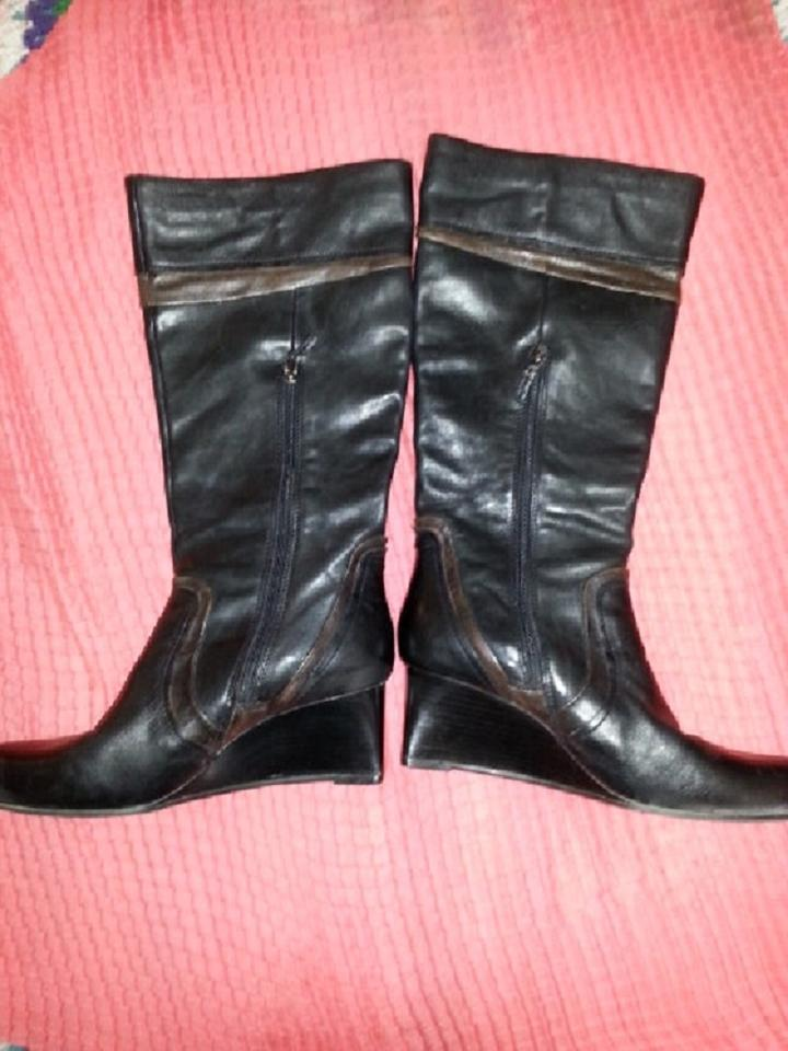 6078668fb6c4 Earthies Leather Tall Wedge Heel Dressy Rubber Sole Black   Brown Boots  Image 9. 12345678910