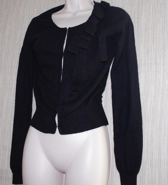 Item - Black Cashmere Cropped Women's Sweater with Flower Cardigan Size 4 (S)