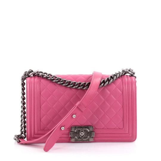 45bd2986a4102e Chanel Boy Flap Bag Pink. Chanel Light Pink Quilted Lambskin Leather Medium  ...