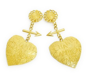 Chanel Super Rare! Vintage Chanel Gold Extra large Dangle Earrings!