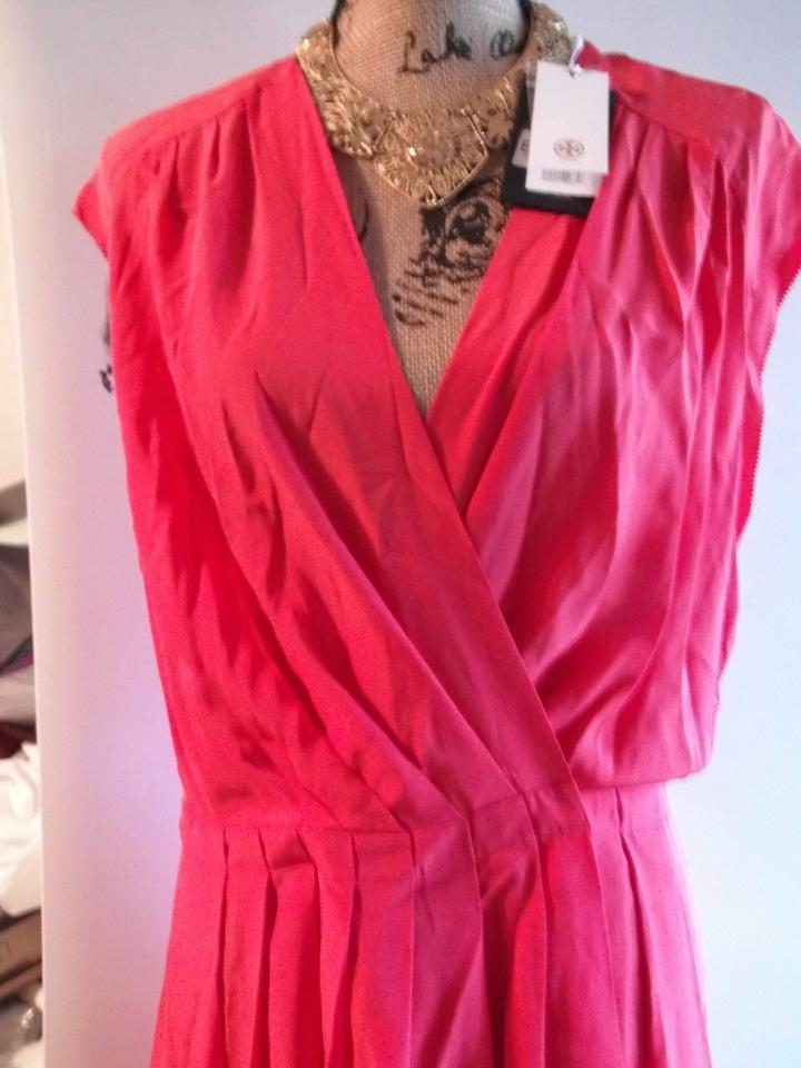 9a754fae971 Tory Burch Red Silk Womens Wrap Pleated Mid-length Short Casual Dress Size  12 (L) - Tradesy