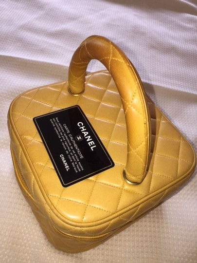 Chanel Chanel Quilted Lambskin Cosmetic Case Wristlet Handbag
