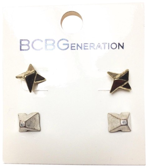 Preload https://img-static.tradesy.com/item/22330545/bcbgeneration-gold-silver-vintage-faux-and-spike-stud-earrings-0-1-540-540.jpg