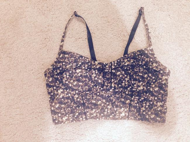 Item - Gold Holiday Edition Sparkle Core Set Activewear Sports Bra Size 6 (S, 28)
