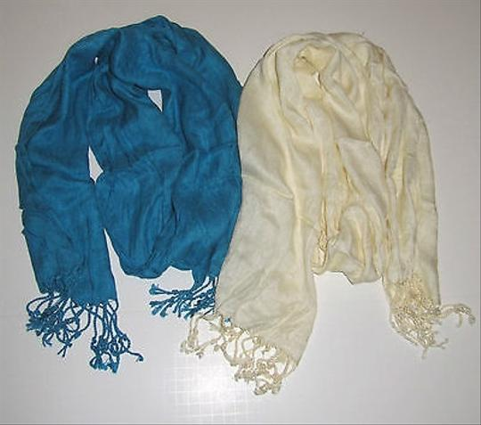 Other Womens Demarco Valencia Fashion Scarf With Fringe Detailing