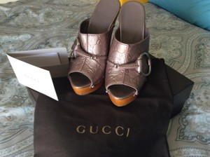 Gucci Silver Studded Monogram Mauve Mules