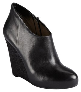 Guess Leather Wedge Snakeskin Classic Black Boots