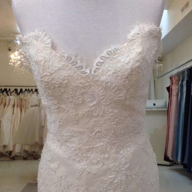 Jim Hjelm Ivory/Oyster Lace/Tulle 8214 Traditional Wedding Dress Size 8 (M) Jim Hjelm Ivory/Oyster Lace/Tulle 8214 Traditional Wedding Dress Size 8 (M) Image 3