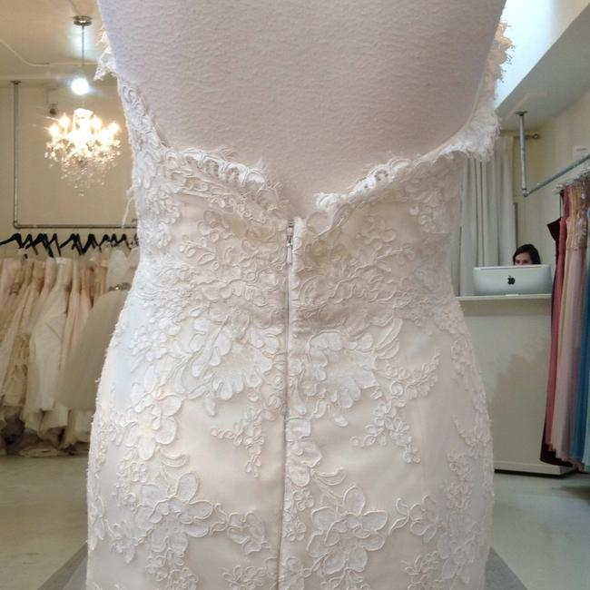 Jim Hjelm Ivory/Oyster Lace/Tulle 8214 Traditional Wedding Dress Size 8 (M) Jim Hjelm Ivory/Oyster Lace/Tulle 8214 Traditional Wedding Dress Size 8 (M) Image 7