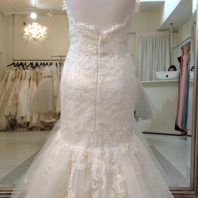 Jim Hjelm Ivory/Oyster Lace/Tulle 8214 Traditional Wedding Dress Size 8 (M) Jim Hjelm Ivory/Oyster Lace/Tulle 8214 Traditional Wedding Dress Size 8 (M) Image 8