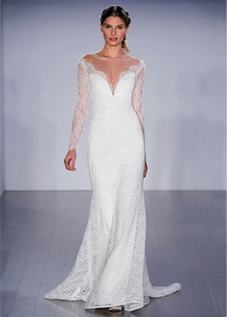 Item - Ivory Lace 8507 Modern Wedding Dress Size 8 (M)