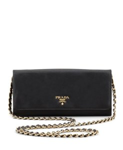 ed0d8efa5fa8 Prada Wallet on Chain Bags - Up to 70% off at Tradesy (Page 3)