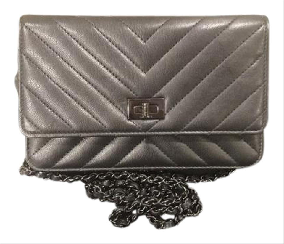 da250fd78067 Chanel Quilted Turnlock Card Slots Woc Ch.l0718.06 Cross Body Bag Image 0  ...