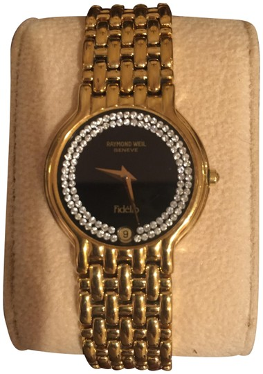 Preload https://img-static.tradesy.com/item/22339987/raymond-weil-gold-mens-vintage-18k-plated-diamond-quartz-watch-0-3-540-540.jpg