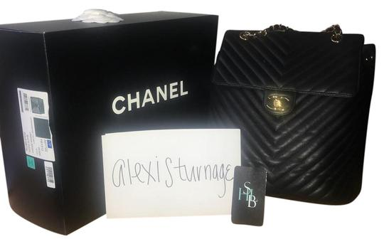 Preload https://img-static.tradesy.com/item/22340221/chanel-backpack-black-with-gold-hardware-lambskin-leather-backpack-0-1-540-540.jpg