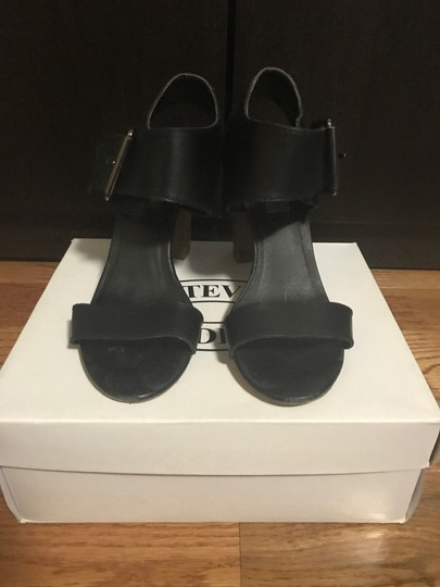 Steve Madden Buckle Leather Black Sandals