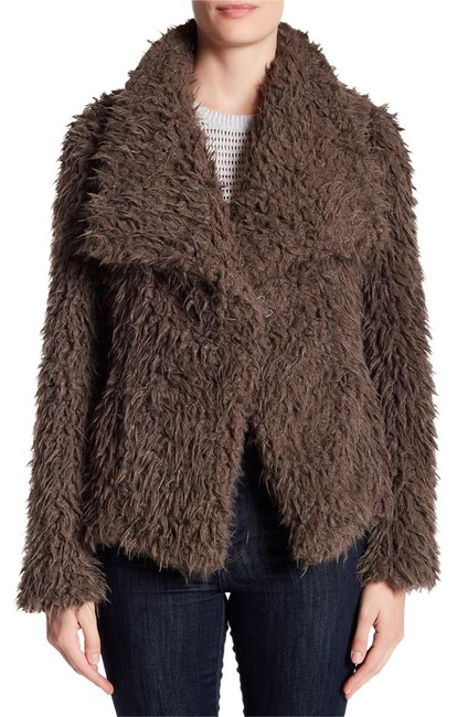 Preload https://img-static.tradesy.com/item/22340290/betsey-johnson-taupe-sweet-oversize-lapels-faux-curly-lamb-xl-new-rich-teddy-size-16-xl-plus-0x-0-1-650-650.jpg