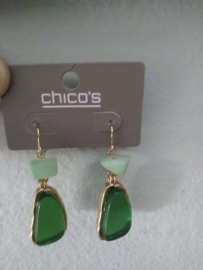 Chico's New Green Stones & gold tone earrings