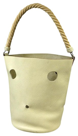 Preload https://img-static.tradesy.com/item/22340889/hermes-taurillon-clemence-mangeoire-gm-rope-222332-ivory-leather-tote-0-3-540-540.jpg