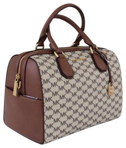 Michael Kors Satchel in natural with brown leather