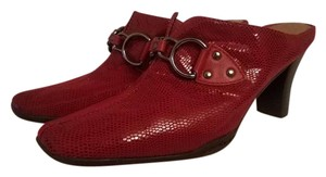 Aerosoles Cinch Worm Tailored Stacked Red Snake Print Mules