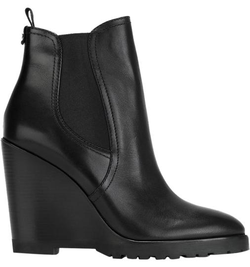 Preload https://img-static.tradesy.com/item/22342041/michael-kors-black-leather-ankle-wedge-bootsbooties-size-us-55-regular-m-b-0-1-540-540.jpg