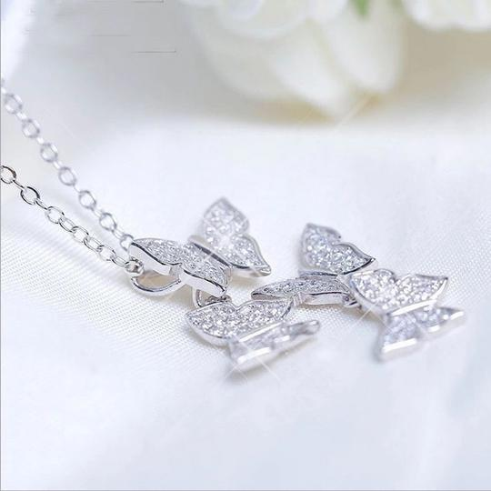 Other Elegant 100% 925 Sterling Silver AAA Cubic Zirconia butterflies necklace