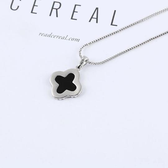Other 100% Sterling silver Classic Zircon Black Onyx Four Leaf Clover Necklace w platinum plating
