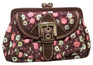 Isabella Fiore floral Clutch