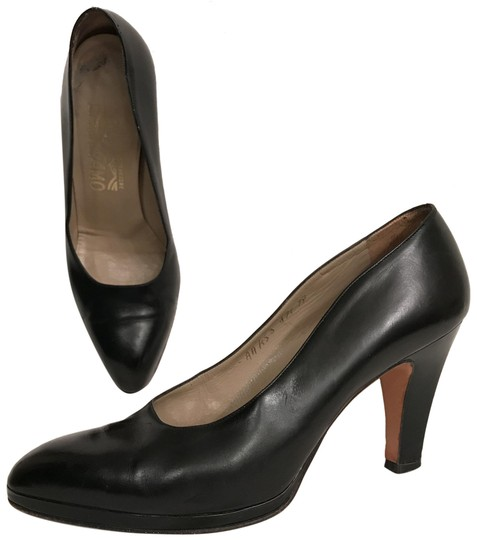 Preload https://img-static.tradesy.com/item/22346324/salvatore-ferragamo-black-florence-leather-and-patent-leather-platforms-size-us-7-narrow-aa-n-0-1-540-540.jpg