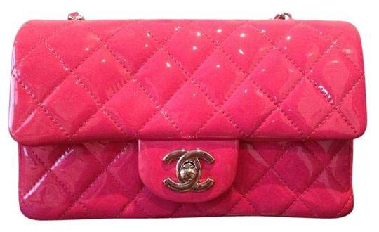 Preload https://item1.tradesy.com/images/chanel-classic-flap-classic-mini-fuschia-patent-leather-shoulder-bag-2234645-0-1.jpg?width=440&height=440