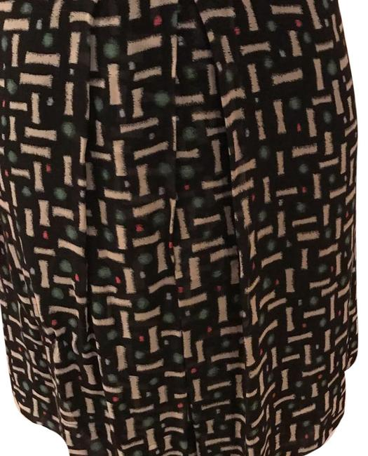 Item - Green White Black Red Pleated Silk Skirt Size 12 (L, 32, 33)