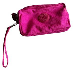 Seeingly Wristlet in pink